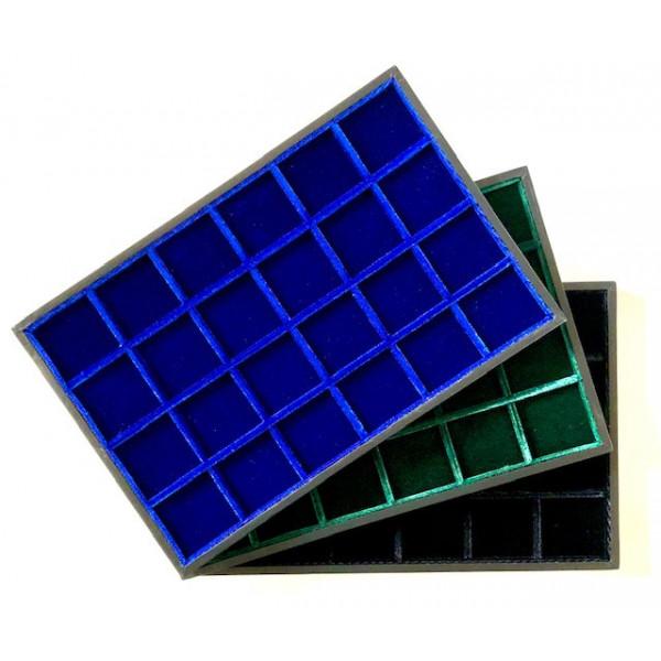 Ripiani in velluto blu verde nero